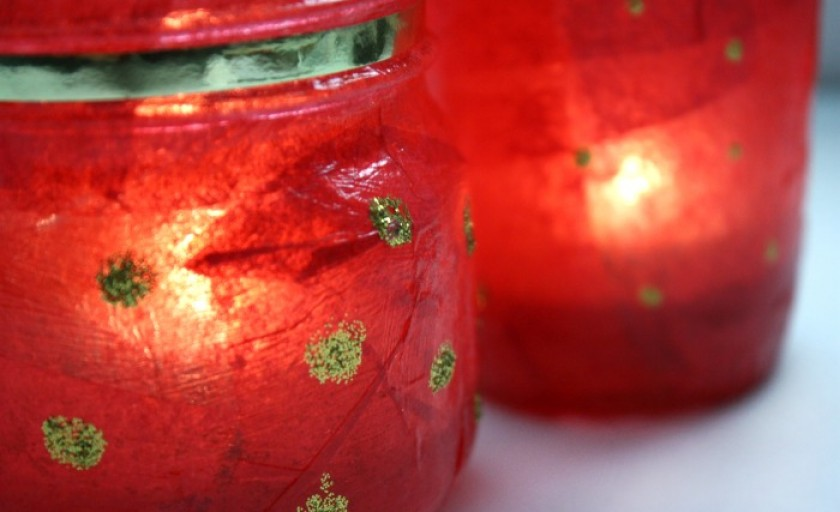 Chinese Lantern Festival DIY: Recycled jar lanterns