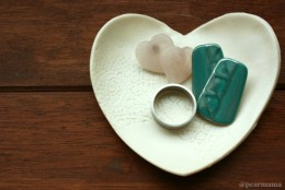 DIY: Clay heart-shaped jewelry dish