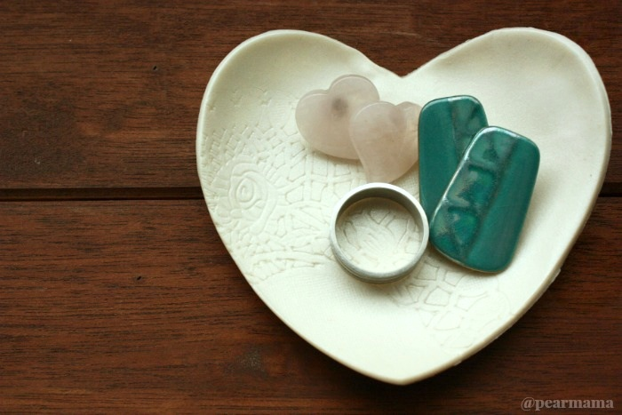 Heart archives pearmama for Heart shaped jewelry dish