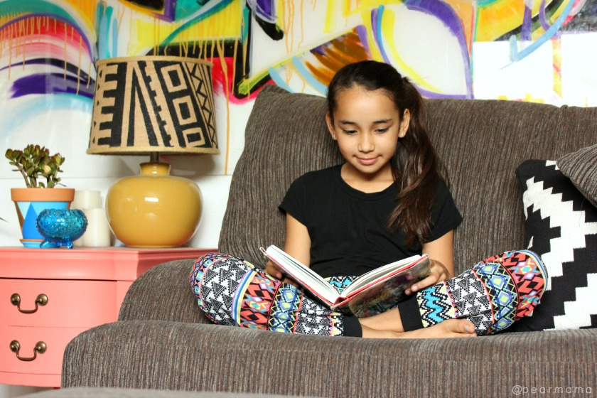 LéaLA is all about encouraging reading, promoting Spanish-language books and fostering recognition of Latino culture and customs.