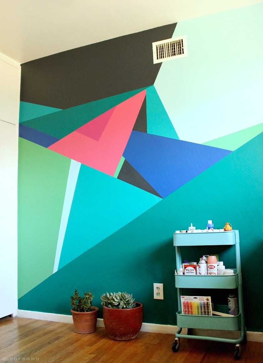 Paint this geometric wall design pearmama A wall painting
