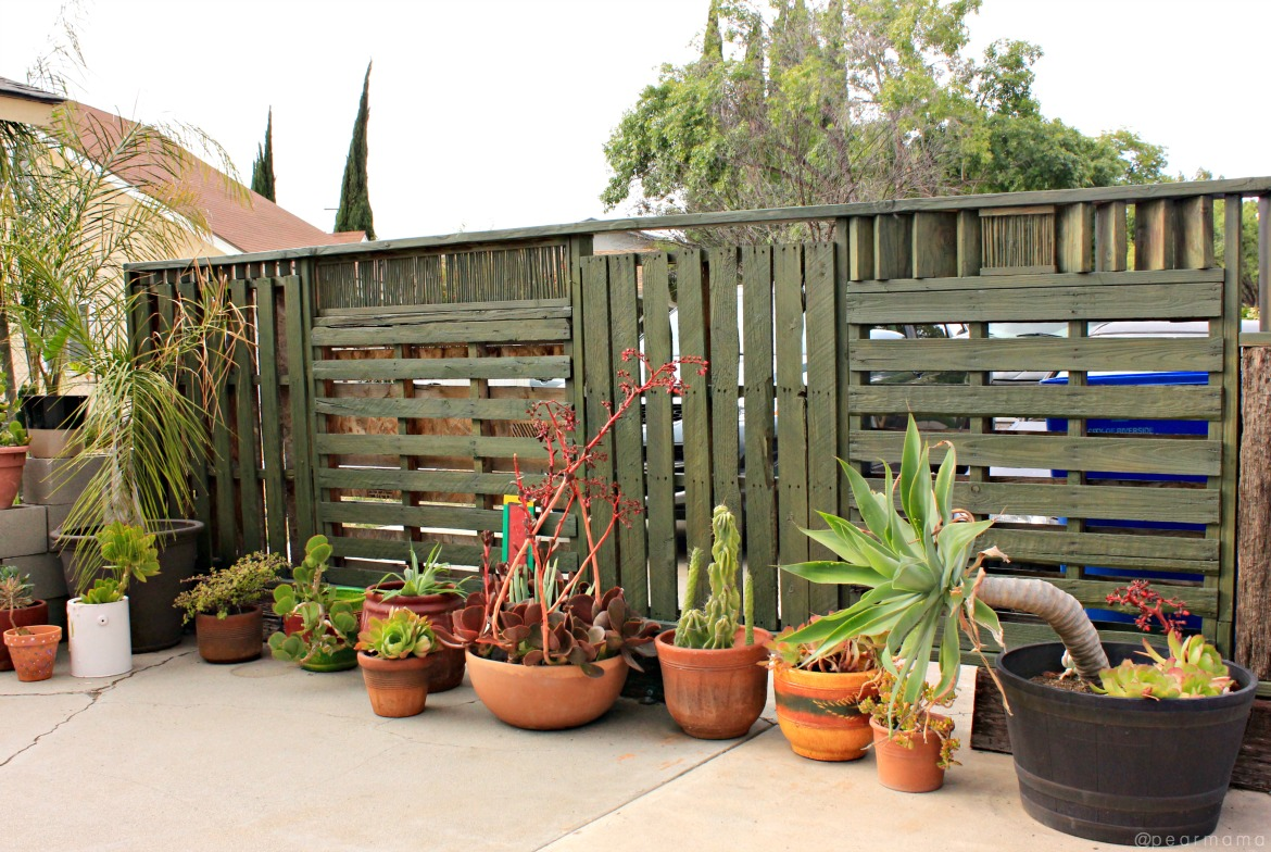 stained-fence-sherwin-williams-pearmama