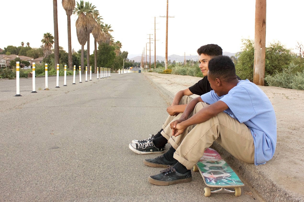 boys-riverside-skaters