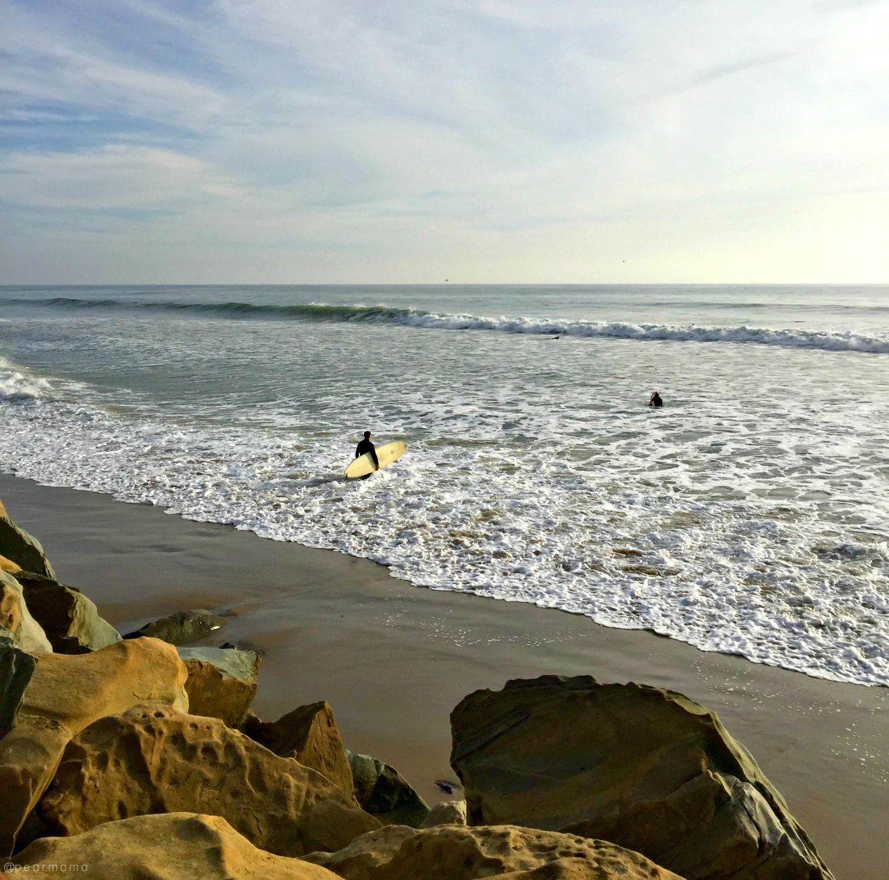 beach-santa-barbara-surfer