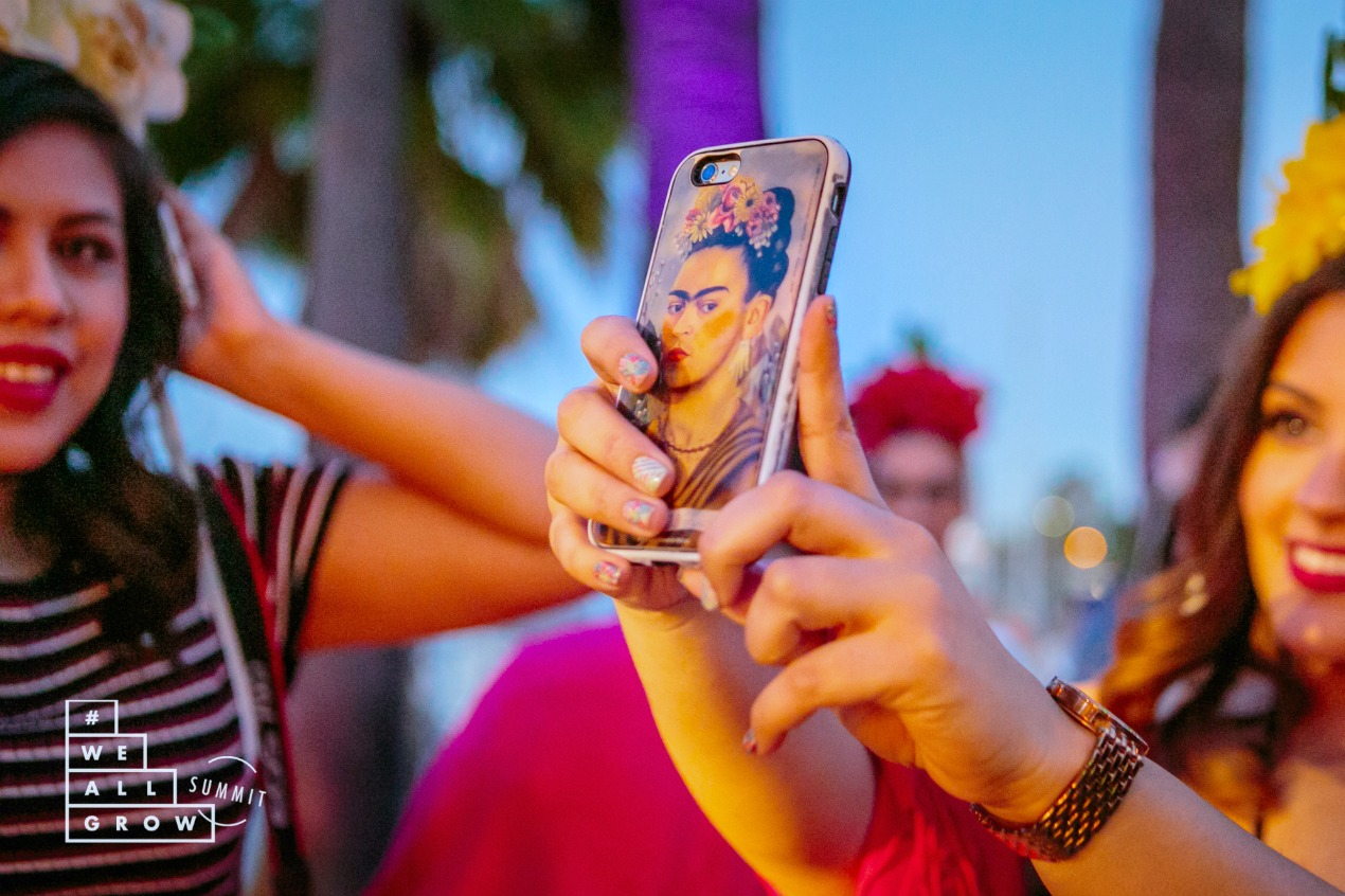 frida-phone-case